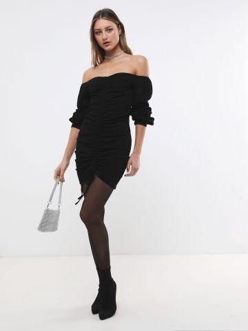 שמלת מיני אוף שולדרס עם כיווצים