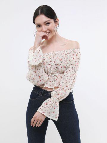 חולצת קרופ פרחונית אוף שולדרס