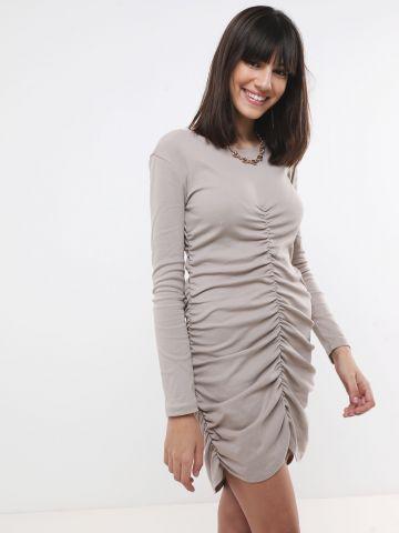 שמלת מיני עם כיווצים