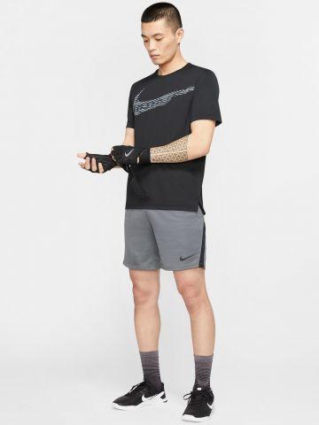 מכנסי אימון קצרים עם פסים בצדדים Dri-Fit