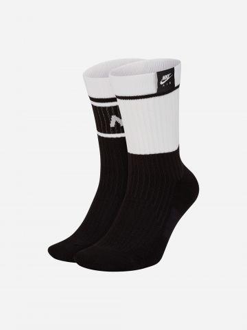 גרביים גבוהים ריב עם לוגו Nike SNKR / גברים