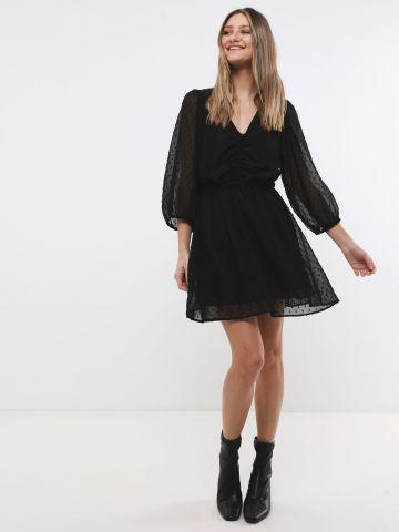 שמלת מיני בטקסטורת נקודות