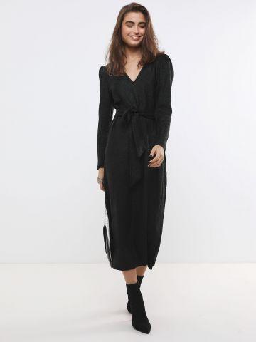 שמלת מקסי עם חגורת קשירה