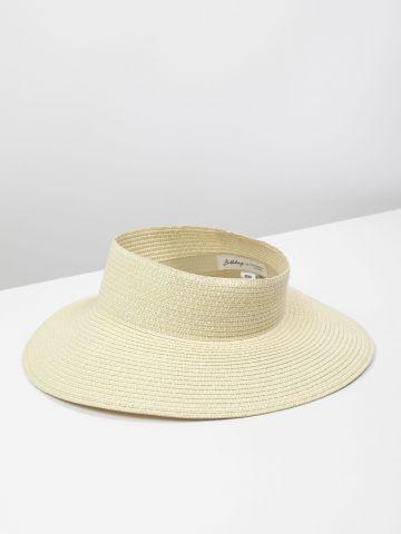 כובע קש ללא ראש
