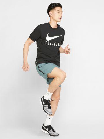 חולצת אימון Dri-FIT עם הדפס לוגו