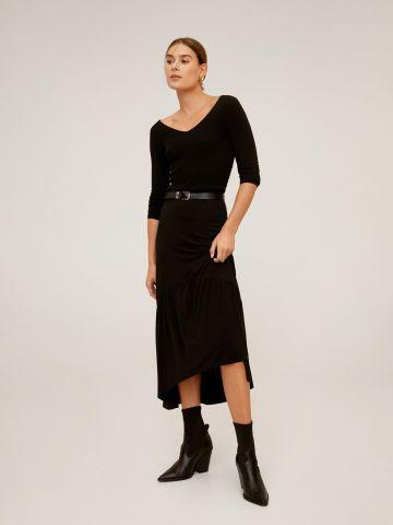 חצאית מידי בסיומת אסימטרית