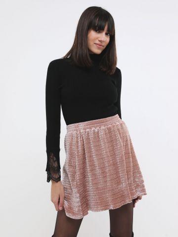 חצאית מיני שניל בטקסטורת וופל של YANGA