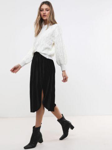חצאית פליסה קטיפה עם שסע