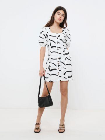 שמלת מיני מכופתרת בהדפס פסים