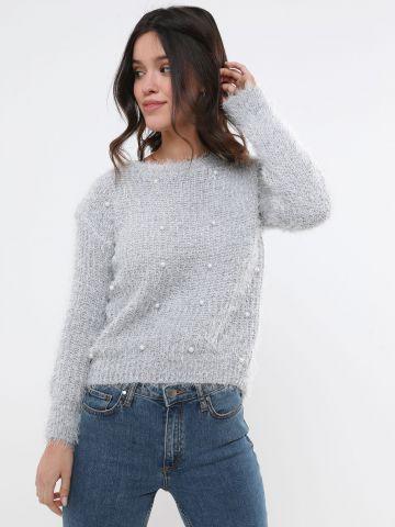 סוודר פלאפי עם חרוזי פנינה