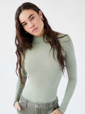 בגד גוף חוטיני עם צווארון גבוה Out From Under של URBAN OUTFITTERS