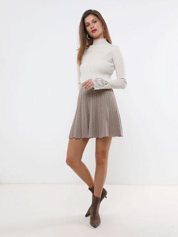 חצאית פליסה מיני סרוגה של YANGA