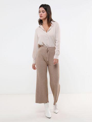 מכנסיים ארוכים סרוגים בגזרה מתרחבת