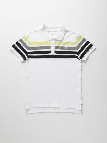 חולצת פולו עם פסים ולוגו / בנים