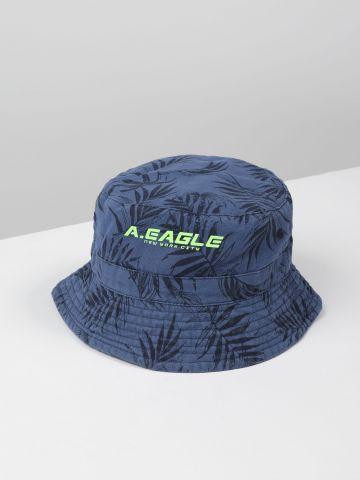 כובע באקט בהדפס עלים עם לוגו / ילדים