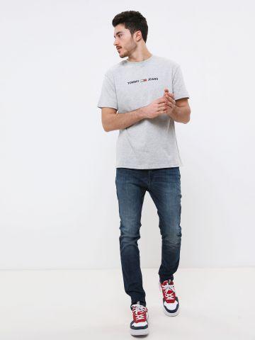 ג'ינס סקיני בשטיפה כהה עם שפשופים