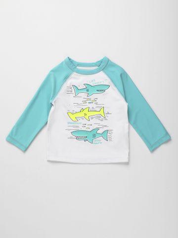 חולצת בגד ים עם הדפס כרישים / 12M-5Y