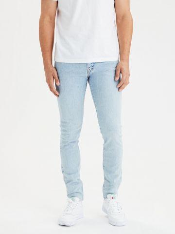 ג'ינס סקיני בשטיפה בהירה Skinny