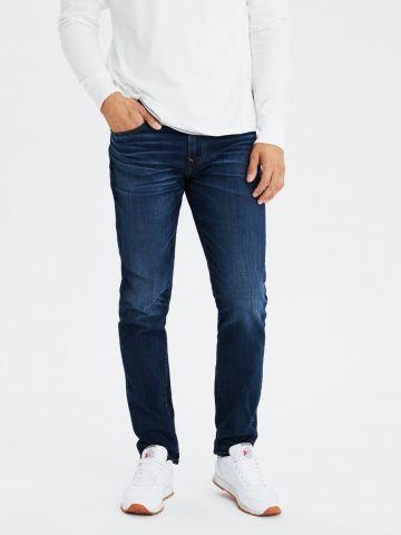 ג'ינס סלים בשטיפה כהה Slim Fit של AMERICAN EAGLE
