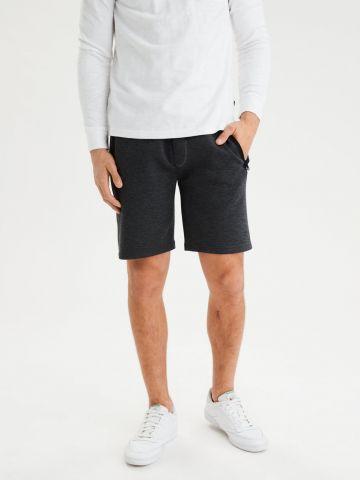 מכנסי טרנינג קצרים עם כיסים מודגשים / גברים