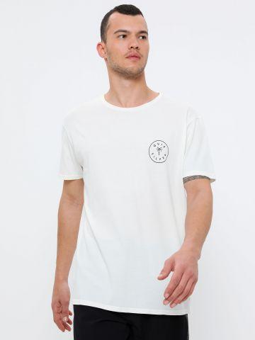 טי שירט ווש עם הדפס לוגו