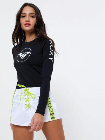 מכנסי בורדשורט עם סטריפים לוגו Sisters Collection של ROXY