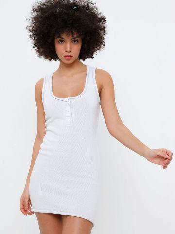 שמלת מיני סרוגה עם כפתורים