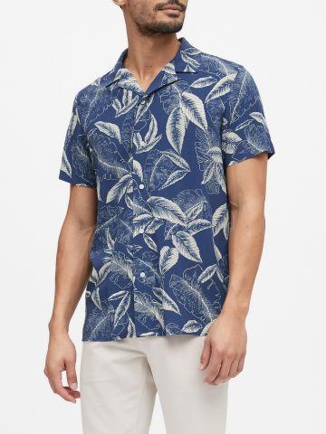 חולצה מכופתרת בהדפס עלים