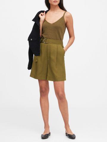 מכנסיים קצרים רחבים עם חגורת קשירה