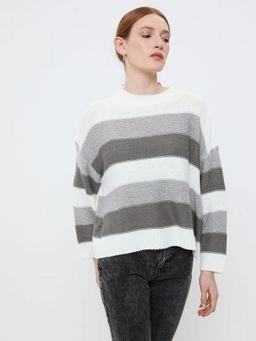 סוודר בדוגמת פסים בשילוב נצנצים