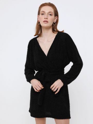 שמלת מיני פלאפית בסגנון מעטפת