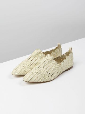 נעלי מוקסין קלועות / נשים