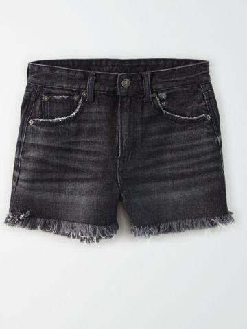 ג'ינס קצר עם סיומת פרומה / נשים