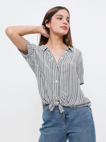חולצה מכופתרת בהדפס פסים עם שרוולים קצרים