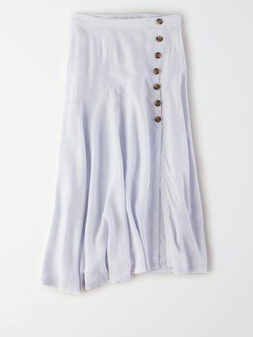 חצאית מידי עם כפתורים מעוצבים / נשים