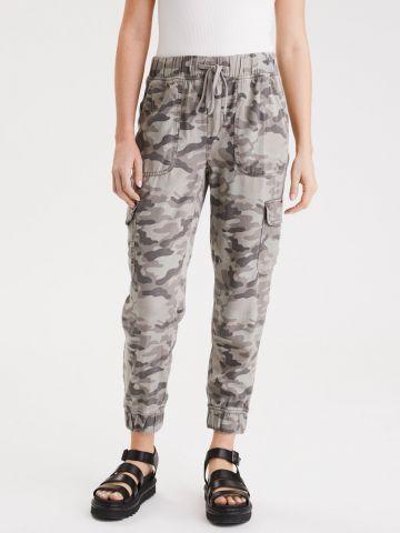 מכנסי טרנינג בהדפס קמופלאז' עם כיסים של AMERICAN EAGLE