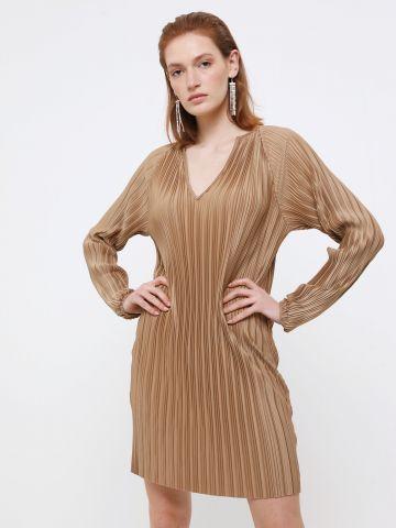שמלת מיני פליסה בגימור מבריק של YANGA