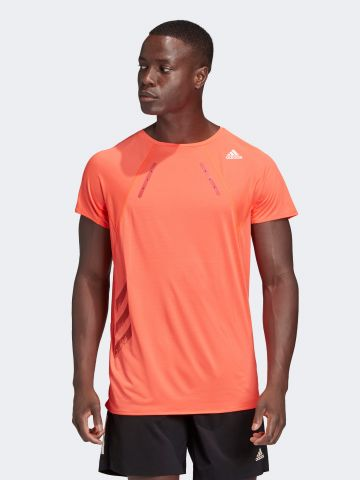 חולצת ריצה עם פאנל רשת