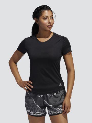 חולצת ריצה מבד מנדף
