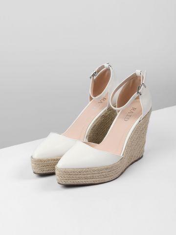 נעלי פלטפורמה דמוי עור