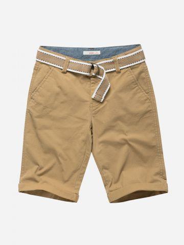 מכנסיים קצרים בשילוב חגורה / בנים