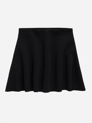 חצאית מיני בגזרה מתרחבת / בנות