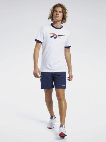 מכנסיים קצרים עם רקמת לוגו