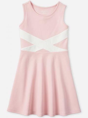 שמלת מיני בגזרה מתרחבת / בנות