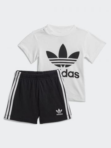 סט חולצה ומכנסיים עם לוגו המותג / בנים