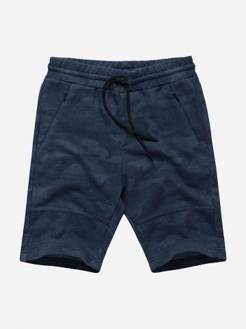 מכנסי טרנינג קצרים בהדפס קמופלאז' / בנים