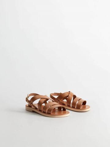 סנדלים עם רצועות עור / בנות