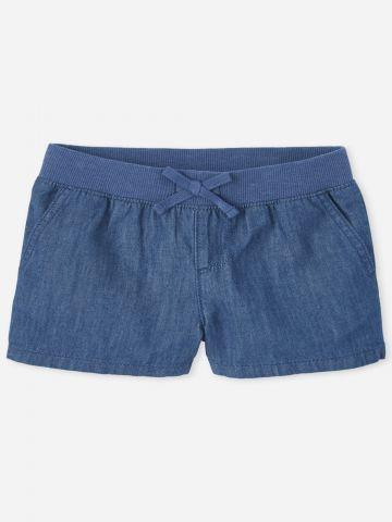 מכנסי ג'ינס קצרים עם גומי / בנות