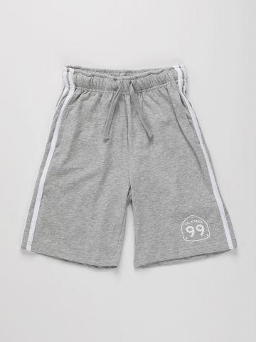 מכנסי טרנינג קצרים עם סטריפים בצדדים / בנים