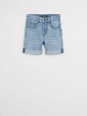 ג'ינס ברמודה קצר בשטיפה בהירה